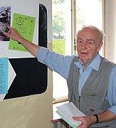 NEVZDÁVAJÍ SNAHU. Miloš Hák věří, že ideály ochránců přírody i skautů jsou stále nadčasovou studnicí vědomostí.