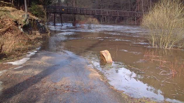 Povodně před několika lety na Svatošských skalách.