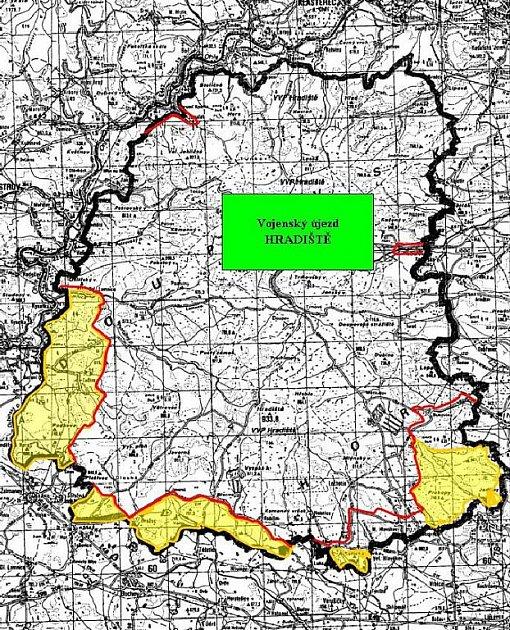 MAPKA  ukazuje, o které části se vojenský prostor zmenší. Změna hranic je vyznačena červeně. Žluté oblasti už byly veřejnosti zpřístupněny. Repro/ Žatecký dení