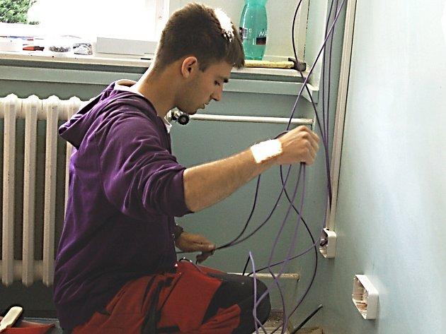 V karlovarské nemocnici nyní prochází rekonstrukcí například kožní oddělení.