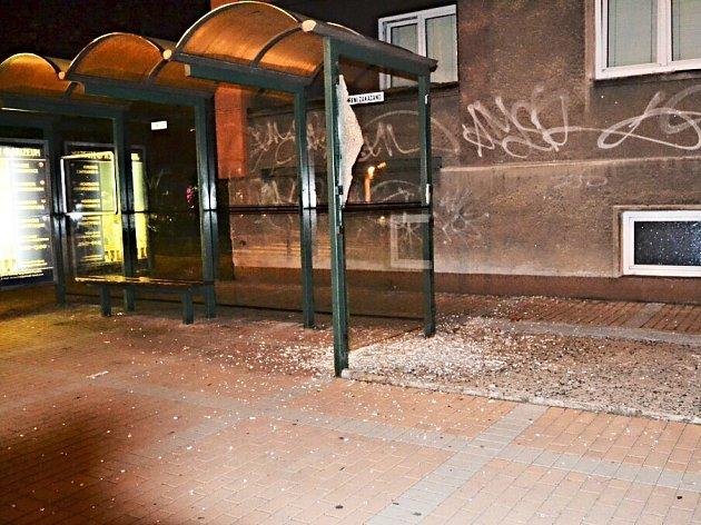 Škody způsobené vandalem v Rybářích.