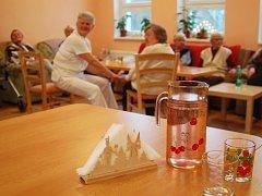 V DOMOVĚ pokojného stáří přibylo míst, a přesto by byla zapotřebí další. Proto by mělo v budoucnu dojít na jeho rozšíření.
