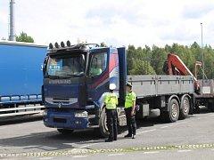 Policisté si vzali v Karlovarském kraji na mušku řidiče nákladních automobilů.