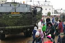 Vojáci vyprávěli dětem na školách v kraji o svém poslání, ale i tom, jaké jsou zahraniční mise.
