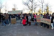 Demonstrace na podporu odvolaného primáře Romana Brázdila