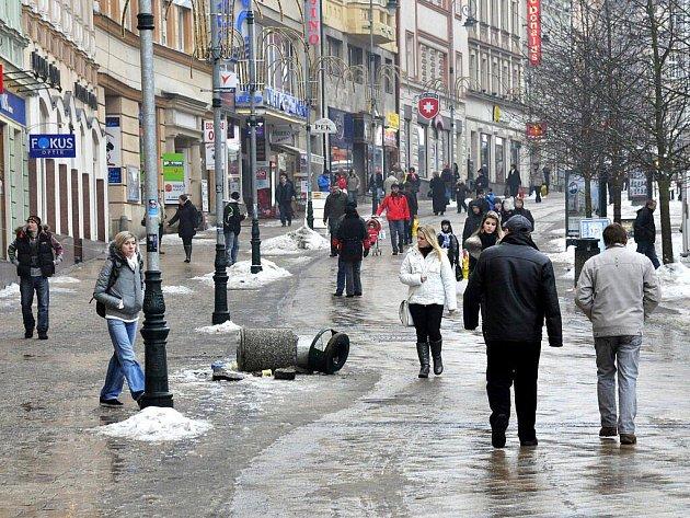 Nepořádek v ulicích města