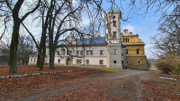 Na prodej je nyní zámek ve Stružné u Karlových Varů.