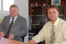Bývalý starosta Nejdku Jan Drobil (vpravo) ve svém prohlášení upozornil na podle něj závažné problémy. Podle současného starosty Vladimíra Bendy (vlevo) jsou však informace zkreslené.