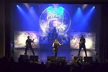 Třetí kapelou večera budou vlajkonoši tuzemského death metalu, řezníci z chebské Pandemie.