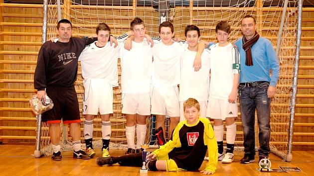 Na turnaji starších žáků brala Kyselka druhé místo.