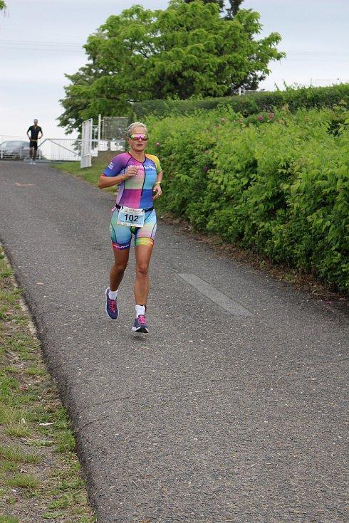 Druhé místo si připsala na konto triatlonistka USK Akademik Cheb Julie Sandra Stolarčiková (na snímku).