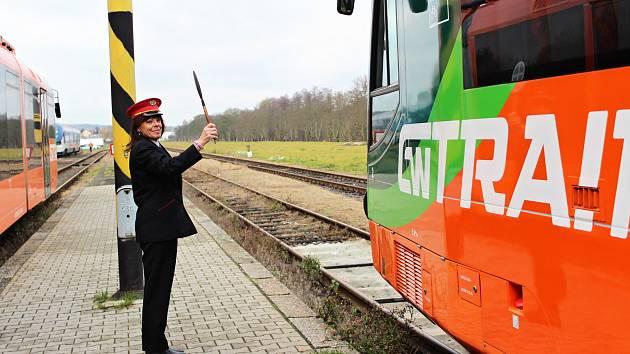 Větší komfort pro cestující. Z Mariánských Lázní do Karlových Varů se teď dostanou rychleji a pohodlně.
