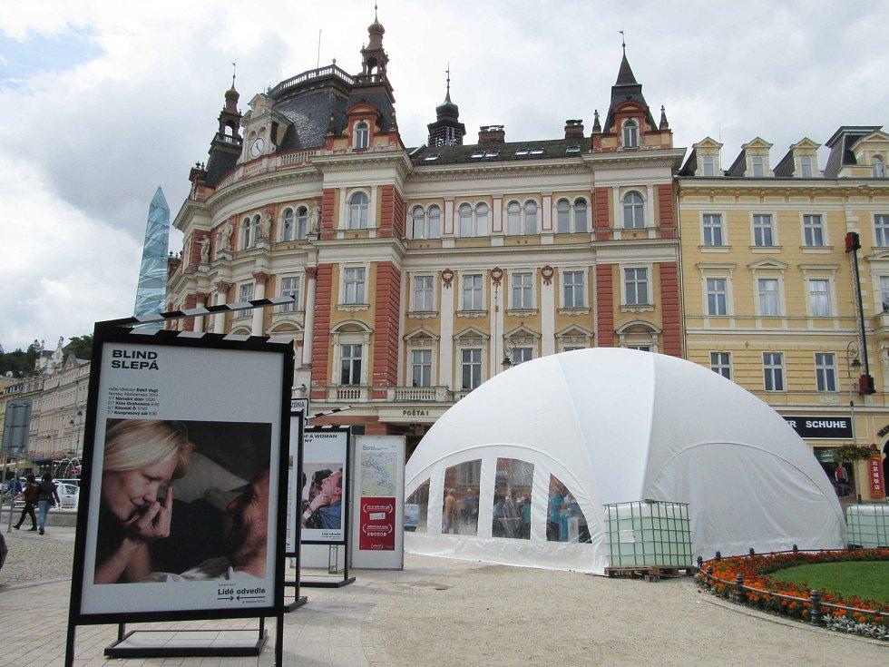 Filmový festival není jen o chození do kina, ale i o koncertech, doprovodných akcích a odpočinku.