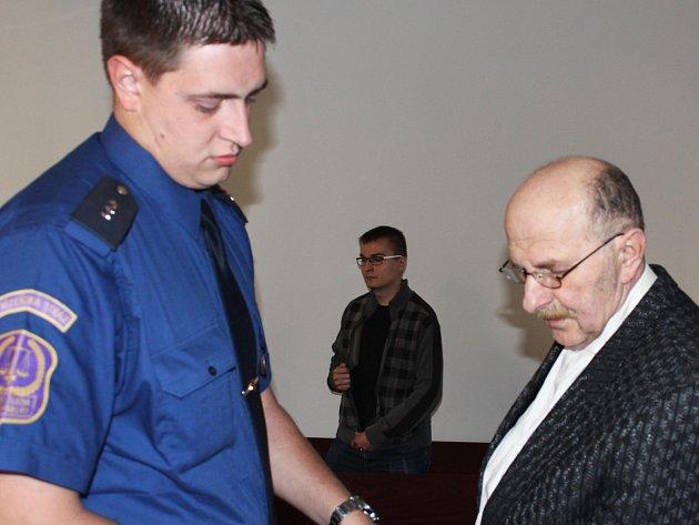 Jindřich Schmied starší u soudu.