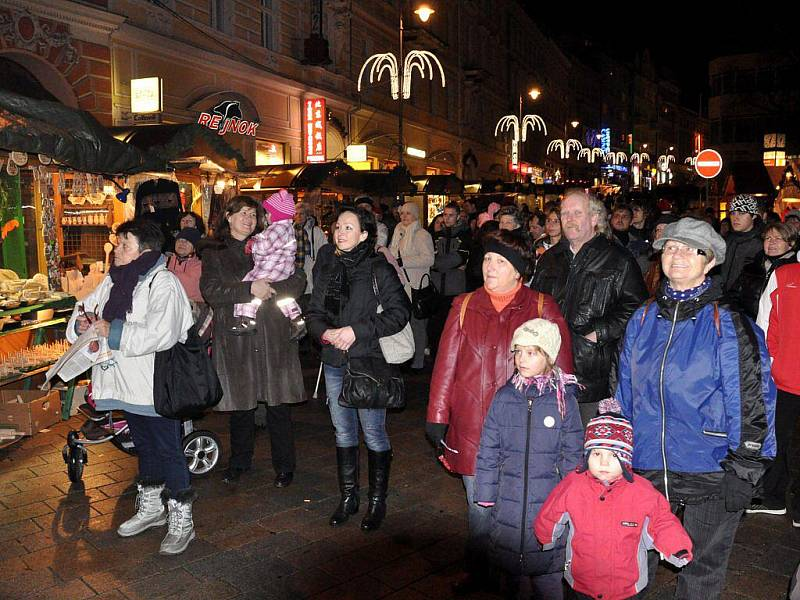 Česko zpívalo koledy také v Karlových Varech