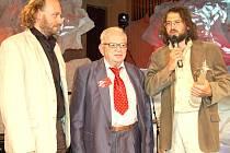 O návštěvě takových cestovatelských es, jako je Miloslav Stingl (uprostřed), který byl jednou z hvězd letošního Tourfilmu, si Caminos zatím mohou nechat jen zdát.