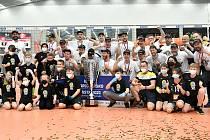 Karlovarsko  podruhé ve své klubové historii dosáhlo ve volejbalové UNIQA extralize na nejvyšší metu.