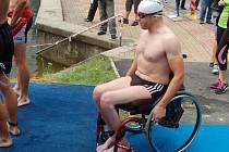 V Karlových Varech na triatlonovém šampionátu poprvé soutěžili i handicapovaní závodníci.