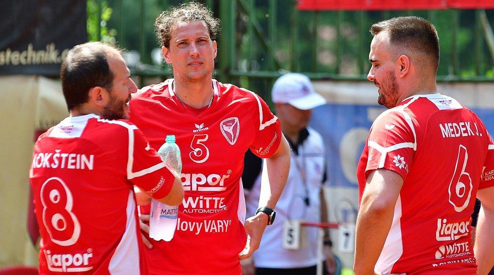 Karlovarský Liapor čekají o víkendu hned dvě utkání v rámci nohejbalového Ligového poháru.