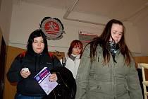Dobrý příjem. Vysoká škola Karlovy Vary za jeden semestr vybere od svých studentů přes dvacet pět milionů, za stejné období zaplatí jen sto dvacet tisíc korun na nájemném.
