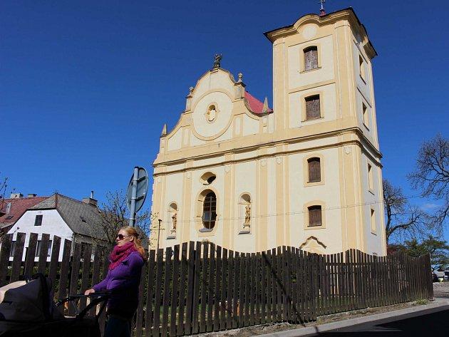 Kostel v Bochově na Karlovarsku.