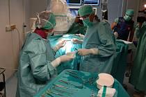 V pondělí byl oficiálně otevřen nový kardiostimulační sál.