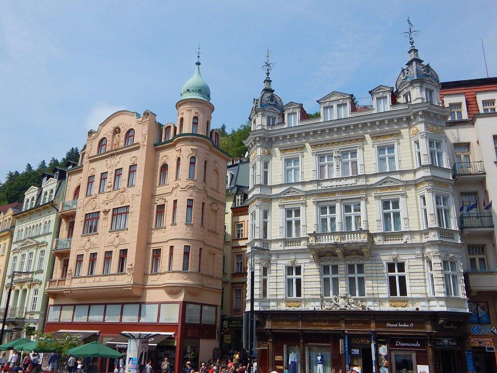 Přesné datum založení Karlových Varů není známo.