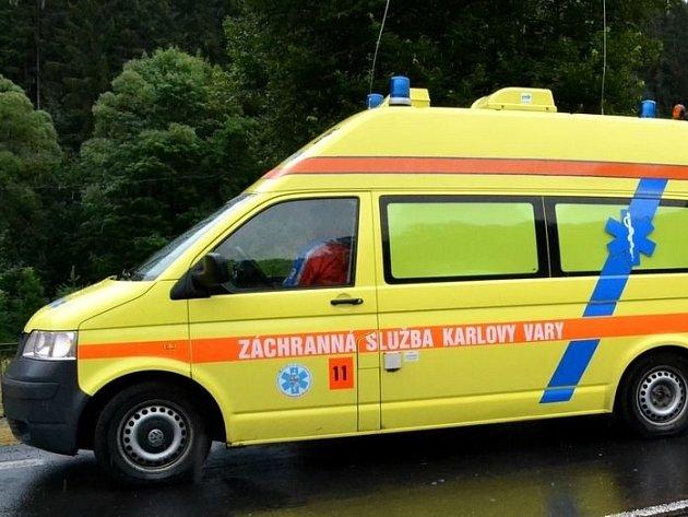 Záchranáři už nemohli pomoci, muž zemřel na místě.