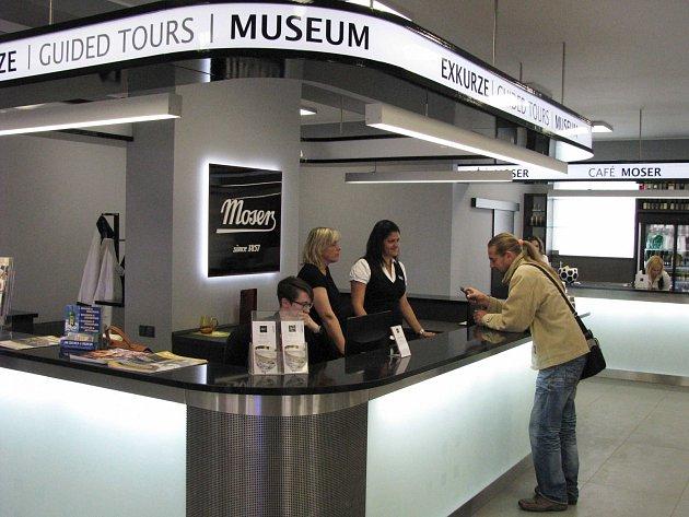Nová podoba návštěvnického centra ve sklárně Moser.