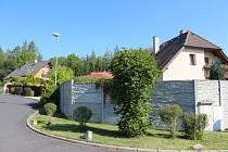 Sadov je ideálním místem bydlení venkovského typu - má dobrou dopravní dostupnost a nachází se v malebném prostředí.