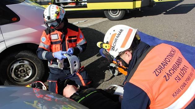 Společné cvičení složek integrovaného záchranného systému v Karlových Varech.