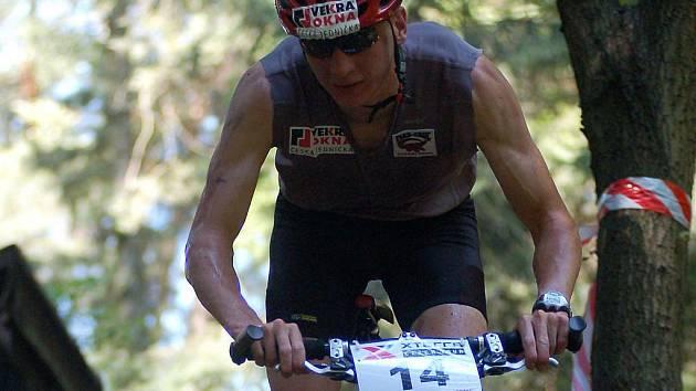 Lukáš Bauer (na snímku) bodoval na ostrovské Xteřře i v uplynulém ročníku, kdy dokončil závod na celkovém třetím místě. V sobotu se tak postaví na start triatlonového závodu se svými lyžařskými kolegy Martinem Jakšem, Petrem Novákem či Martinem Koukalem.