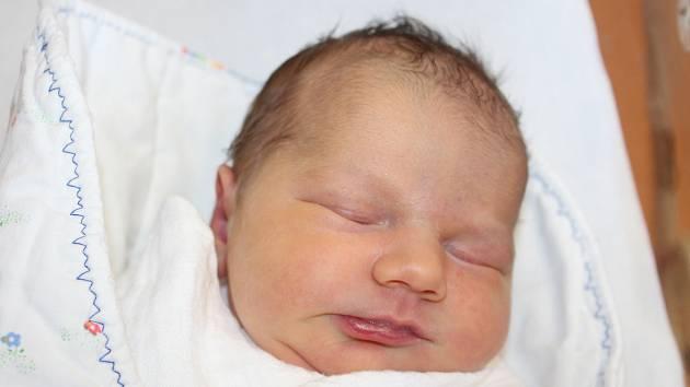 Sára Krochotová ze Sedliště se narodila vklatovské porodnici 27. února ve 13:37 (3370 g, 49 cm). Pohlaví svého miminka znali rodiče Martina a Jakub ještě před Sářiným příchodem na svět.