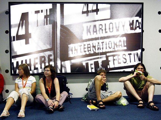 44. MFFKV, pondělí 6. července – čtvrtý den festivalu.