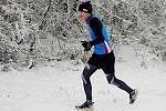 Reprezentant karlovarského Triatletu Jan Kotraba o sobě dává na 19. ročníku ZBP Kadaň řádně vědět, naposledy si doběhl pro skvělé druhé místo za vítězem Alešem Filingrem.