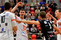Třetí utkání = třetí výhra. Volejbalisté Karlovarska si řádně užívají nový ročník UNIQA extraligy mužů, když tentokrát povodili v míčovce pražské Lvy, které porazili 3:0 na sety.