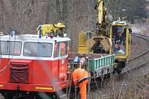 Smířit se patrně budeme muset i s občasnými výlukami kvůli pracím na kolejích.