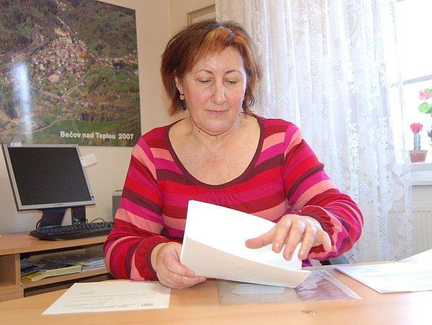 Bečov nemá peněz nazbyt a musel oželet i dotace z regionálního operačního programu. Starostka Olga Haláková se však nevzdává a věří, že se situace může zlepšit.