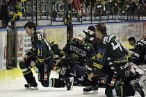 Radost z postupu karlovarských hokejistů do semifinále play off.