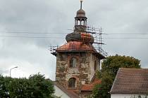 Kostel Nanebevzetí Panny Marie v Kobylé