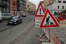 REKONSTRUKCE Vítězné ulice není hotova, snad práce skončí do vánočních svátků.
