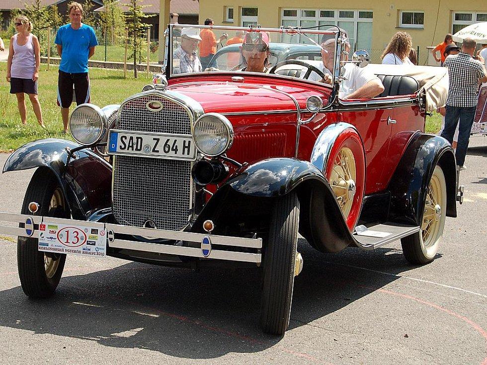Jubilejní desátý ročník Karlovarské Veteran Rallye 2010.