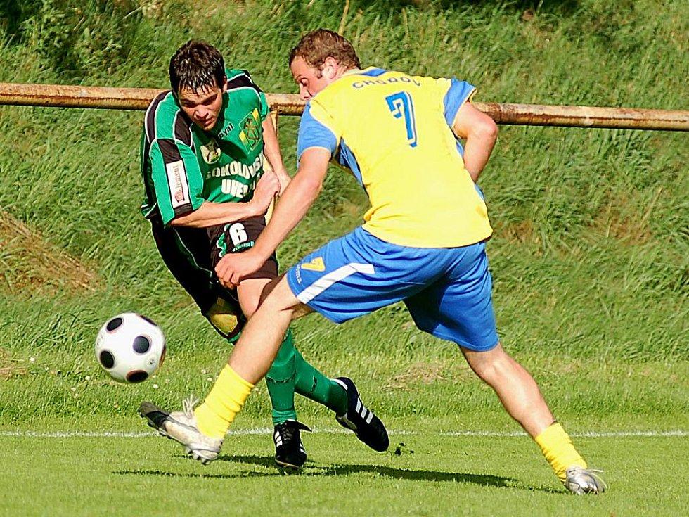 Fotbalisté Baníku Sokolov B (v zeleném) porazili v přípravném utkání Spartak Chodov 4:1.