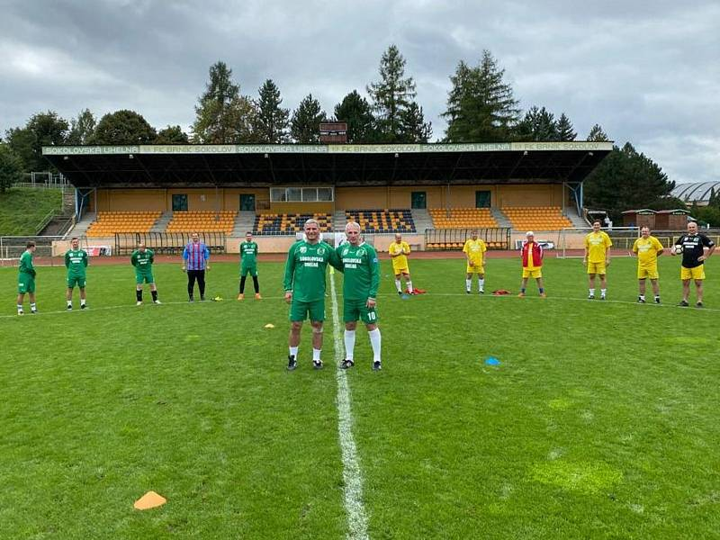 Velká sláva byla přichystána o víkendu ve fotbalovém areálu FK Baník Sokolov.