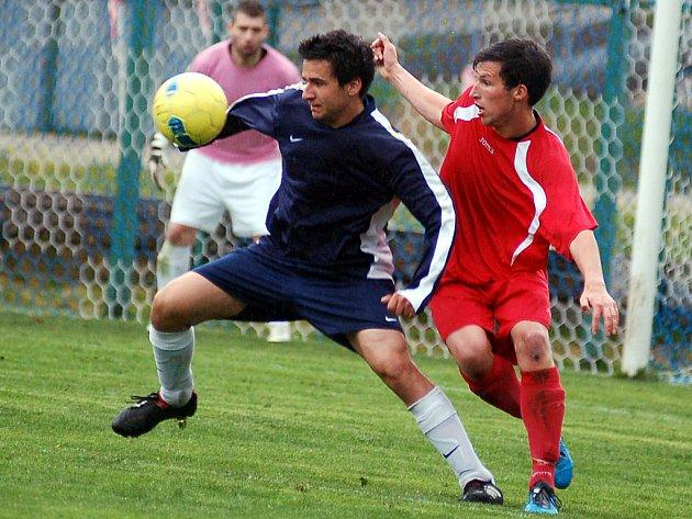 Derby horalů vyhráli nad týmem Nových Hamrů hráči Nejdku B 2:1.
