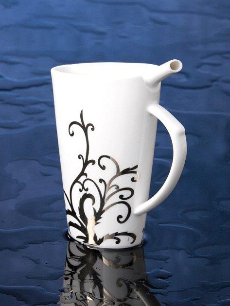 Kala by se měla stát jakousi slavnostní květinou mezi lázeňskými pohárky.