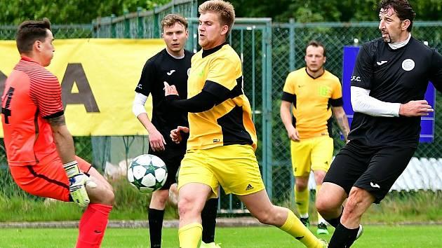 Po neúspěšném angažmá v karlovarské Slavii zamířil Daniel Nimrichter zpět do březovské Olympie.