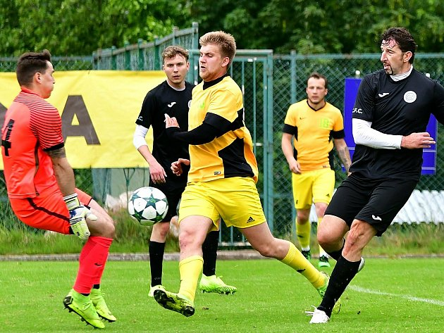 Po neúspěšném angažmá vkarlovarské Slavii zamířil Daniel Nimrichter zpět do březovské Olympie.