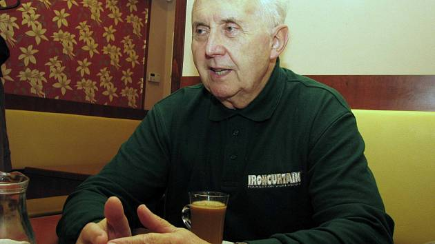 Miroslav Vacek, armádní generál ve výslužbě.