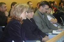 Archivní snímek z krajského zastupitelstva, které projednávalo sloučení tří krajských nemocnic.